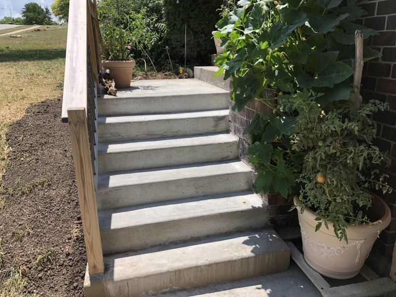 concrete_stairs_new_redone_1
