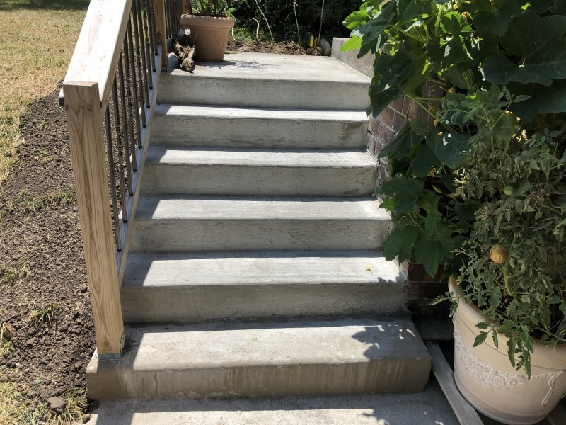 concrete_stairs_new_redone_4