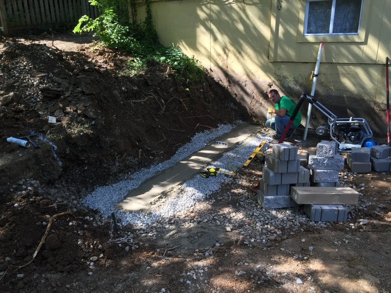 Custom-two-level-retaining-wall-patio-progress-03